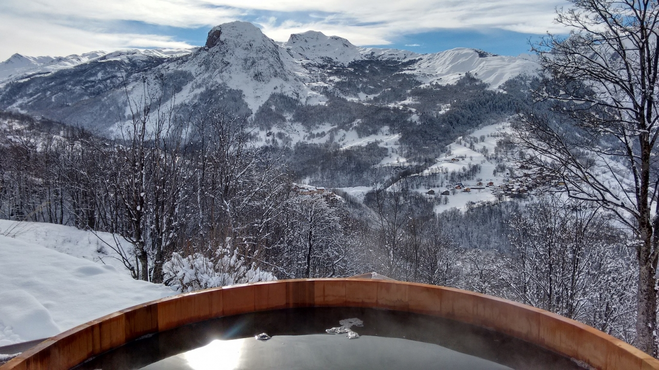 The infinity hot tub