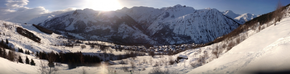 Panorama from off piste run above Coco